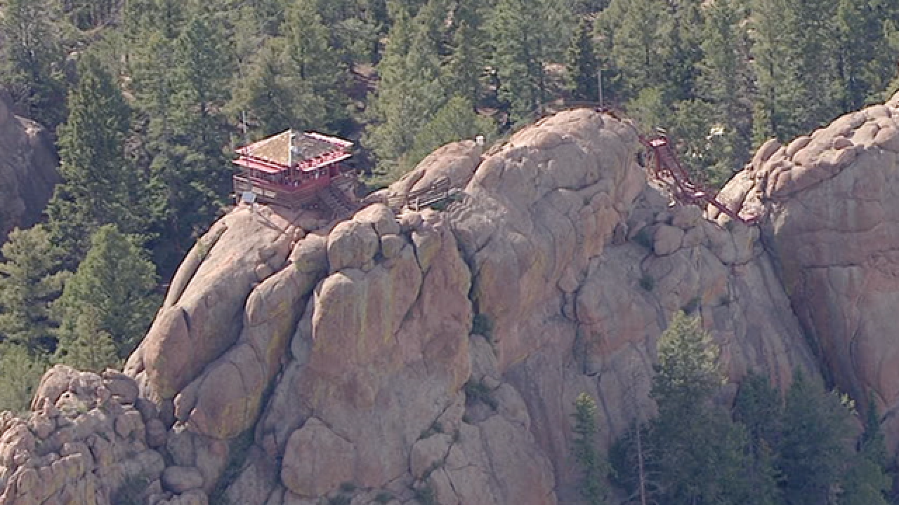 8 injured, 1 critically, after lightning hits near group of Colorado hikers