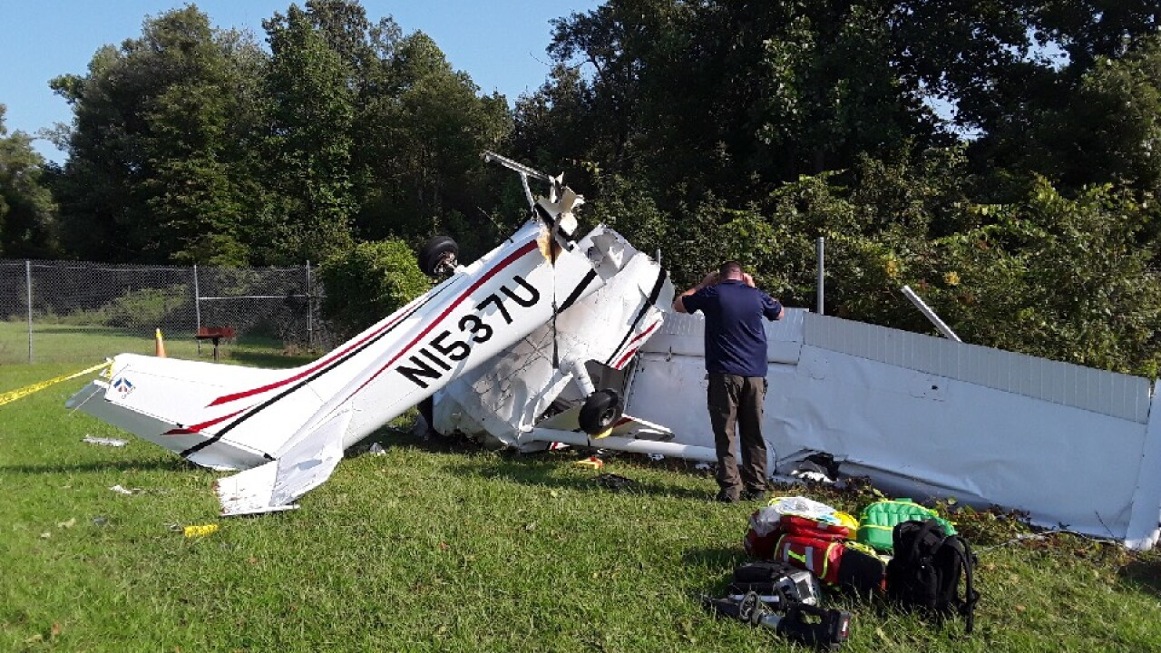 Small plane crashes during landing in New Kent; pilot has seriousinjuries