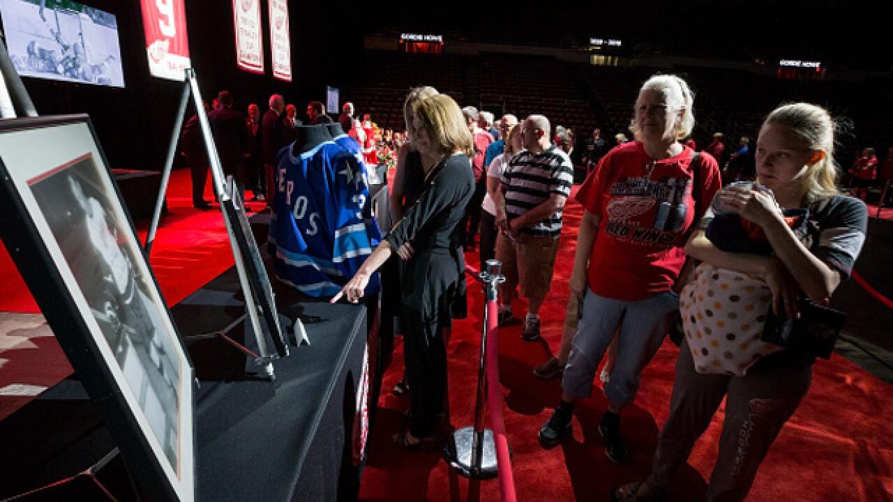 PHOTO GALLERY: Gordie Howe public visitation