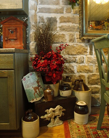Home Tour: Fort Mitchell condo transformed into a log cabin Christmas lodge