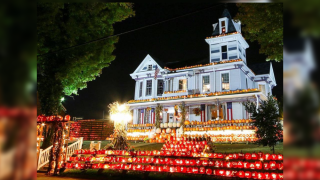 halloween-house.png