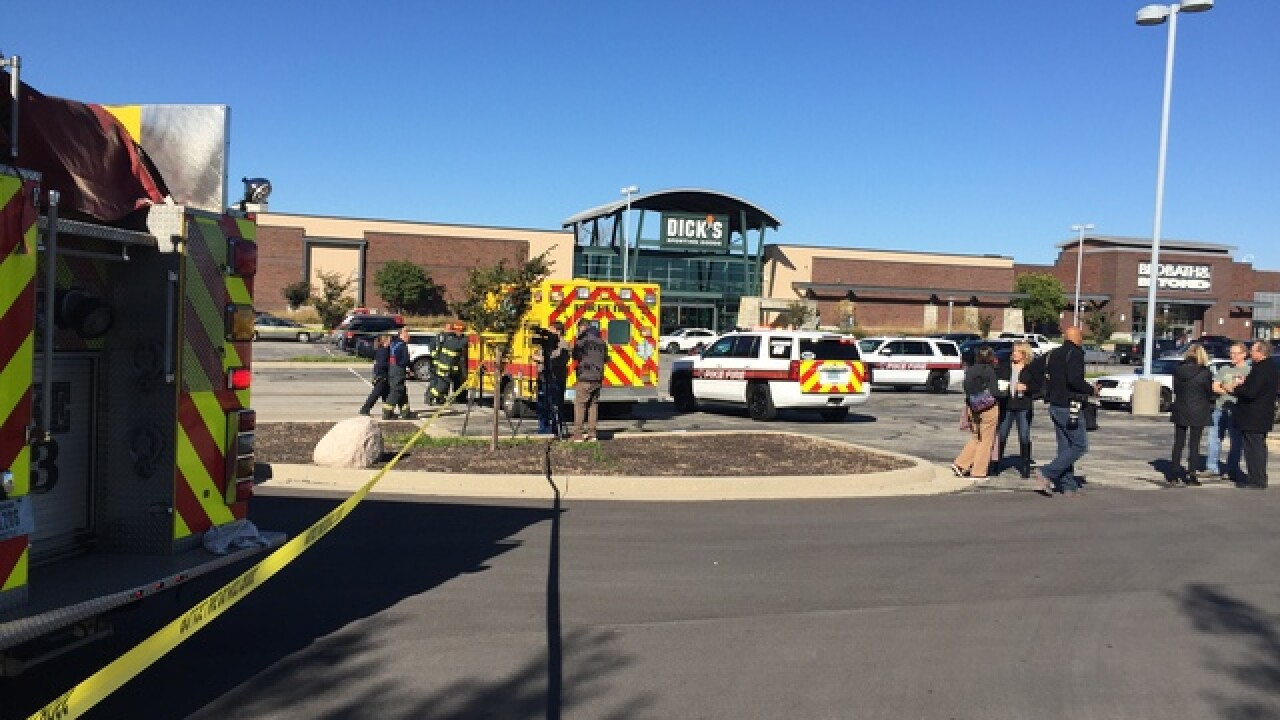 Plane crashes near Dick's Sporting Goods