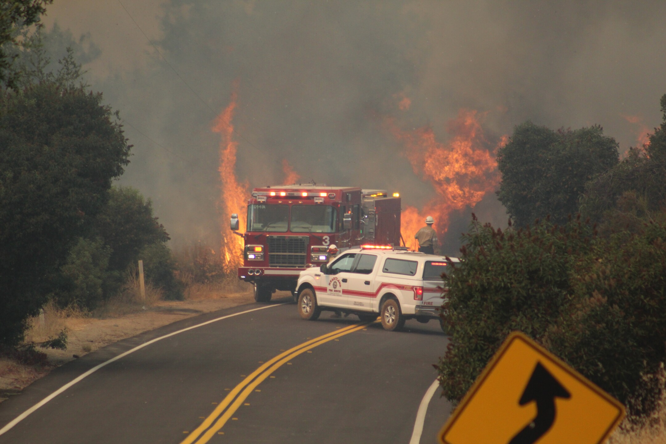 valley fire 9_6_2020 Ryan Grothe_2.JPG
