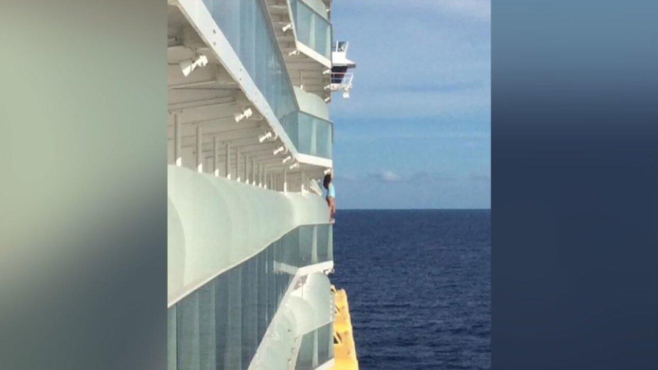 Woman Selfie Cruise Ship Banned