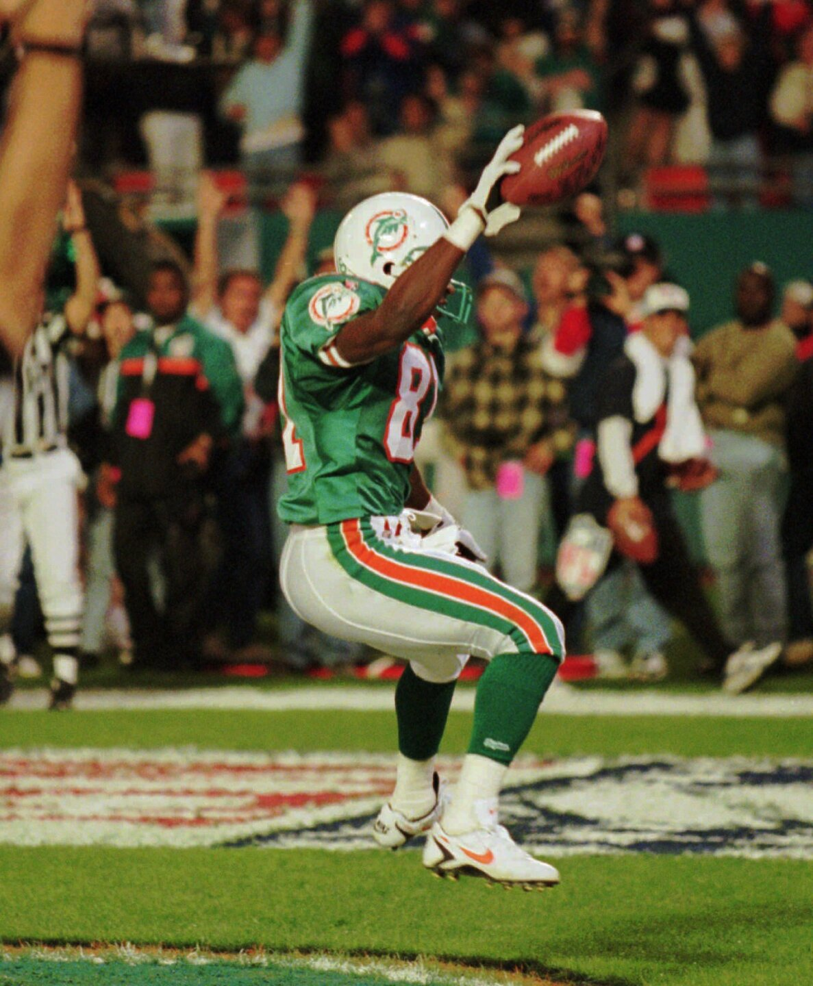 Miami Dolphins wide receiver O.J. McDuffie in 1995