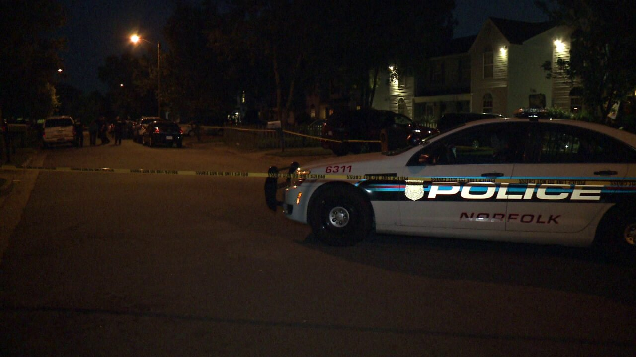 Man dead after double shooting in Norfolk