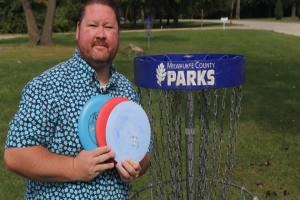 Disc golf professionals are making 7-figures