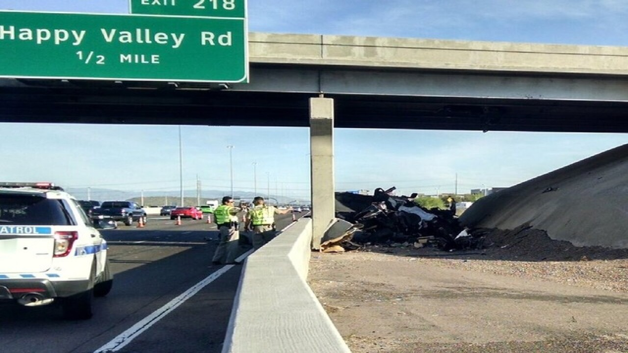 DPS: One dead in crash on I-17 in north Phoenix
