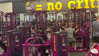 planet fitness no masks.jpg