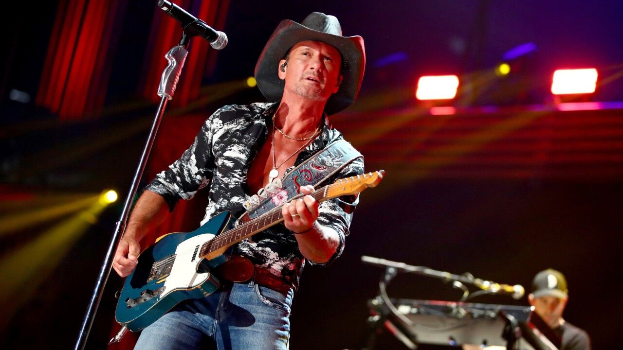 Tim McGraw to open NFL season with free concert before first Buccaneers game