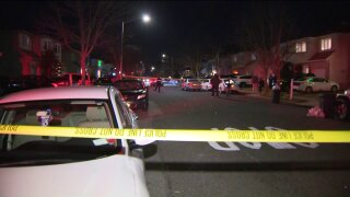 Off duty police officer stabbed on staten island