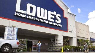 Lowe's is hiring 20,000 employees for the holiday season