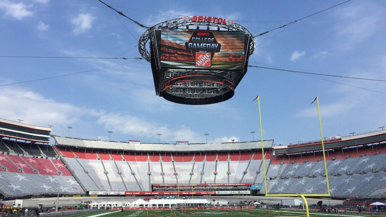 Battle at Bristol: University of Tennessee, Virginia Tech meet up on gridiron inside NASCAR track