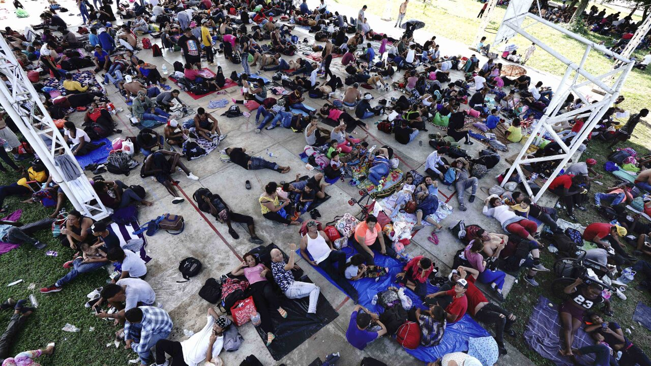 Over 2,000 Central American Migrants March from City in Southern Mexico Toward U.S. Border