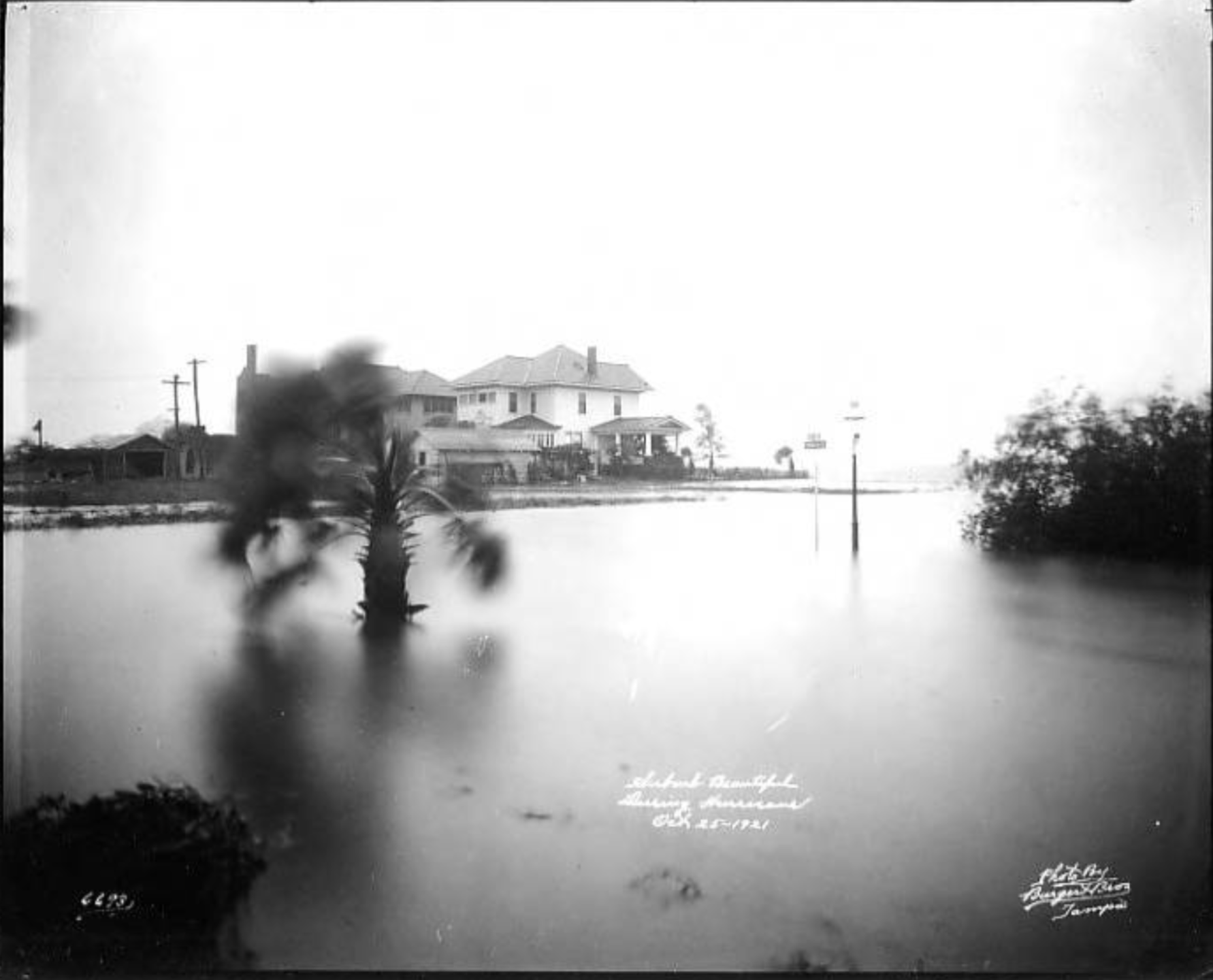 View of flooding to New Suburb Beautiful after hurricane Tampa, Fla..png