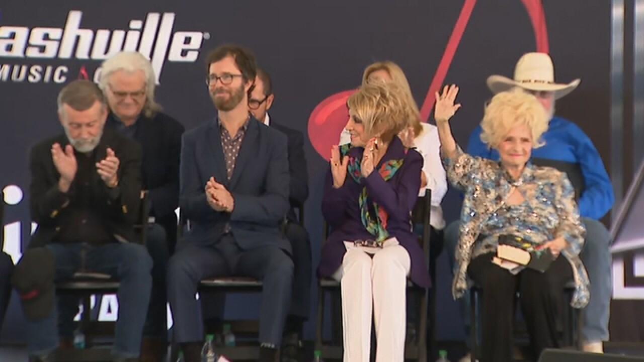 Brenda Lee, Ben Folds Among Music City Walk Of Fame Inductees