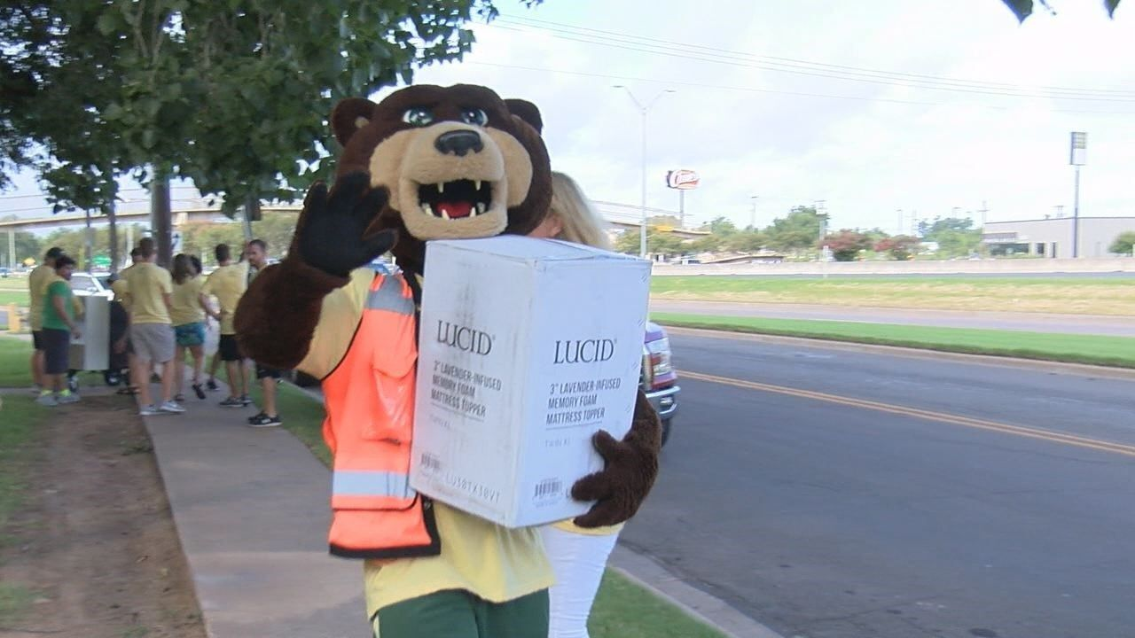 Baylor students Welcome Week officially begins