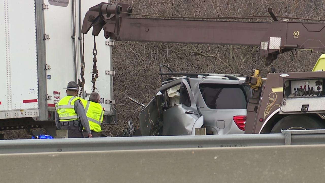 Trenton man killed in I-75 crash, troopers say