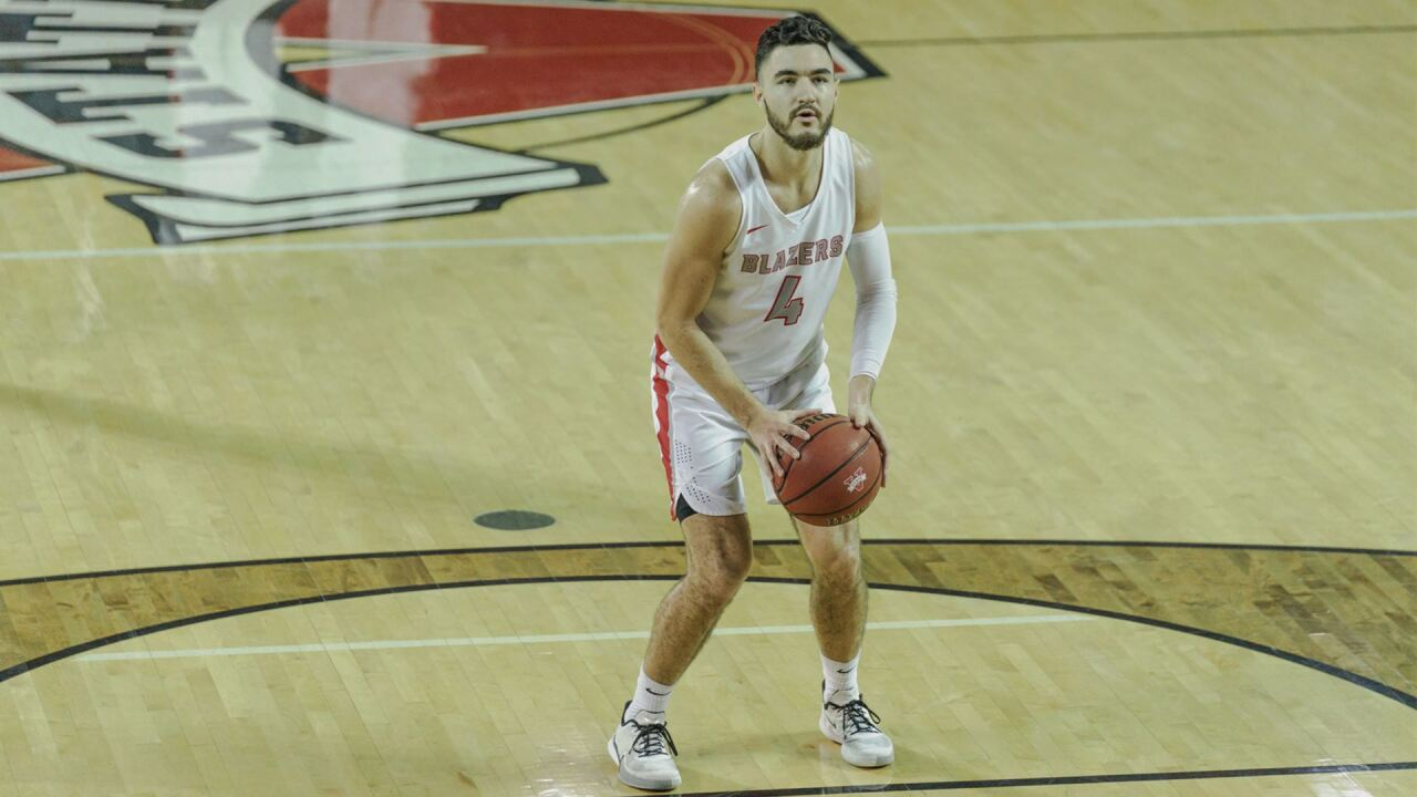 Guillozet's Double-Double Leads No. 13 Blazers to 12th-Straight Victory
