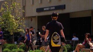 Student loan servicer shuts down, grads left indefault