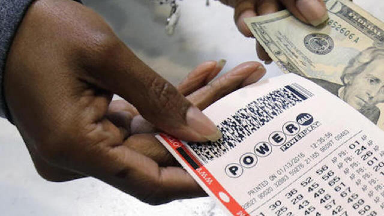 Powerball: One Ohio ticket won $1 million