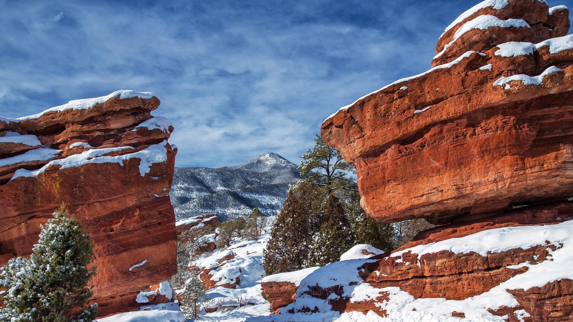 Garden of the Gods Snow Bruce Hausknecht.jpg