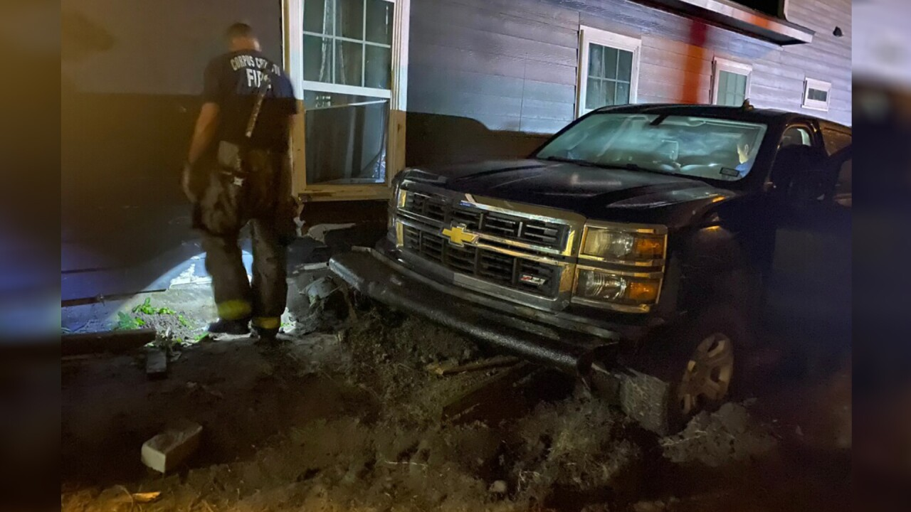Luzius Truck crash into home 2
