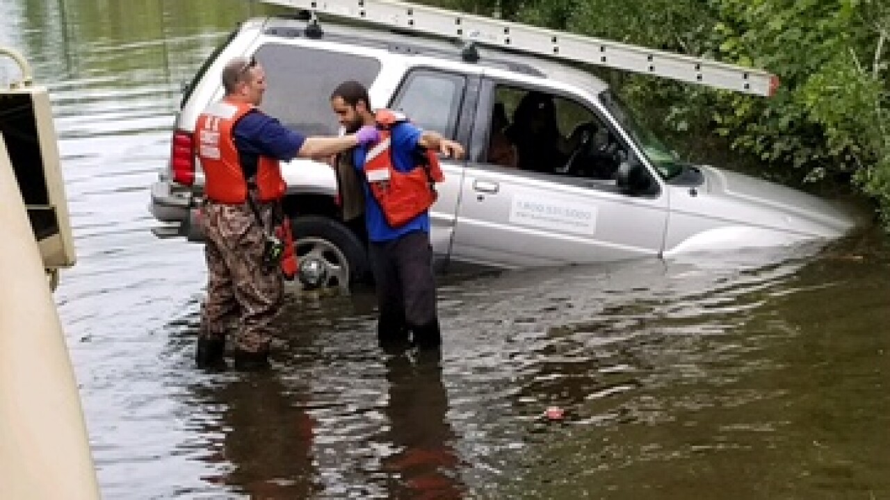 Virginia Beach residents reminded to avoid flooded roads after two rescued