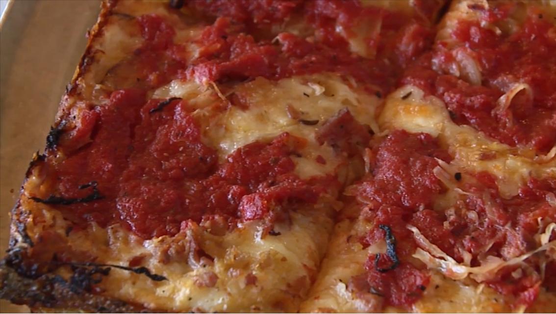 Buddy's Classic Pizza