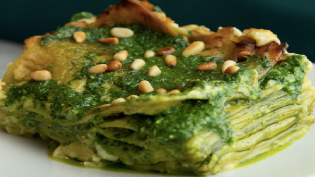 This 'Alfredo' Pesto Lasagna Is Both Low-carb And Vegan—and It's So Flavorful