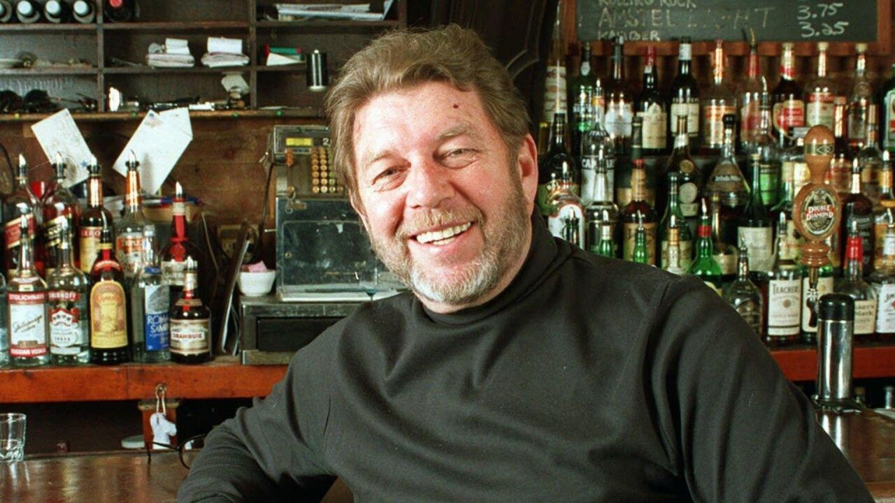 Writer Peter Hamill
