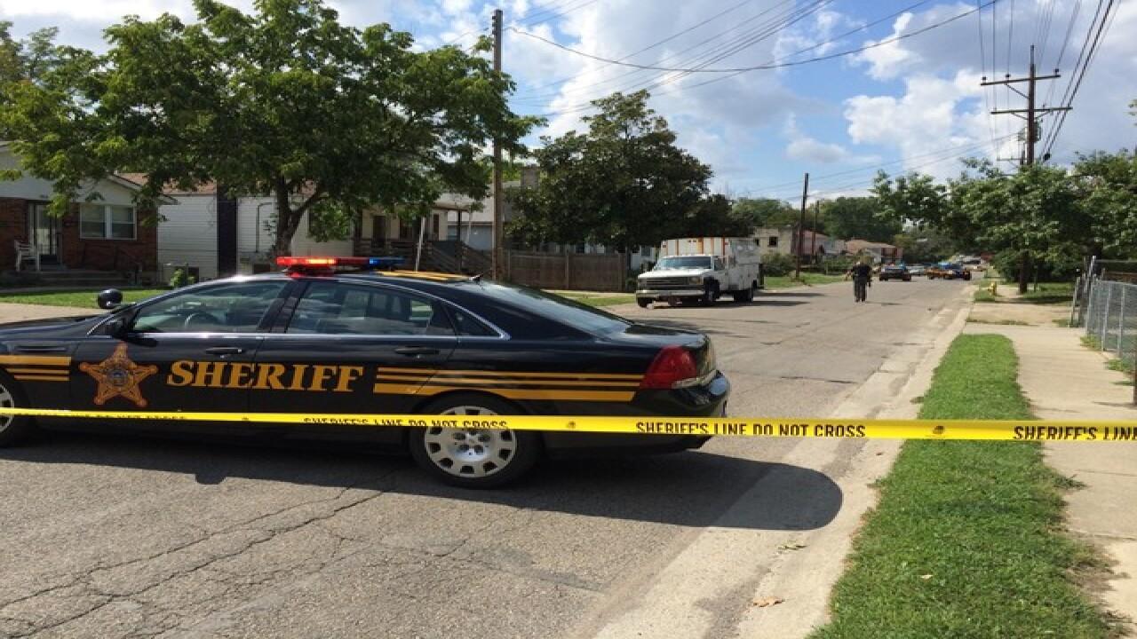 100 shots fired in Lincoln Heights gun battle