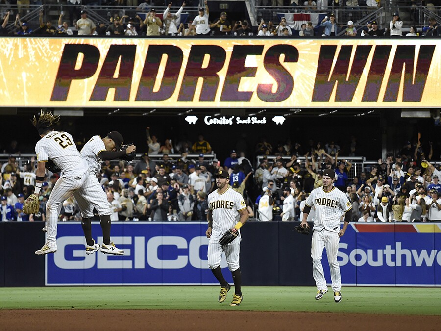 Padres sweep Dodgers for first time in 8 seasons