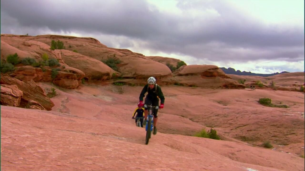 moab slickrock biking trail.jpeg