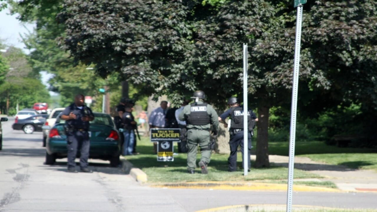 PICS: Marion SWAT standoff with robbery suspect