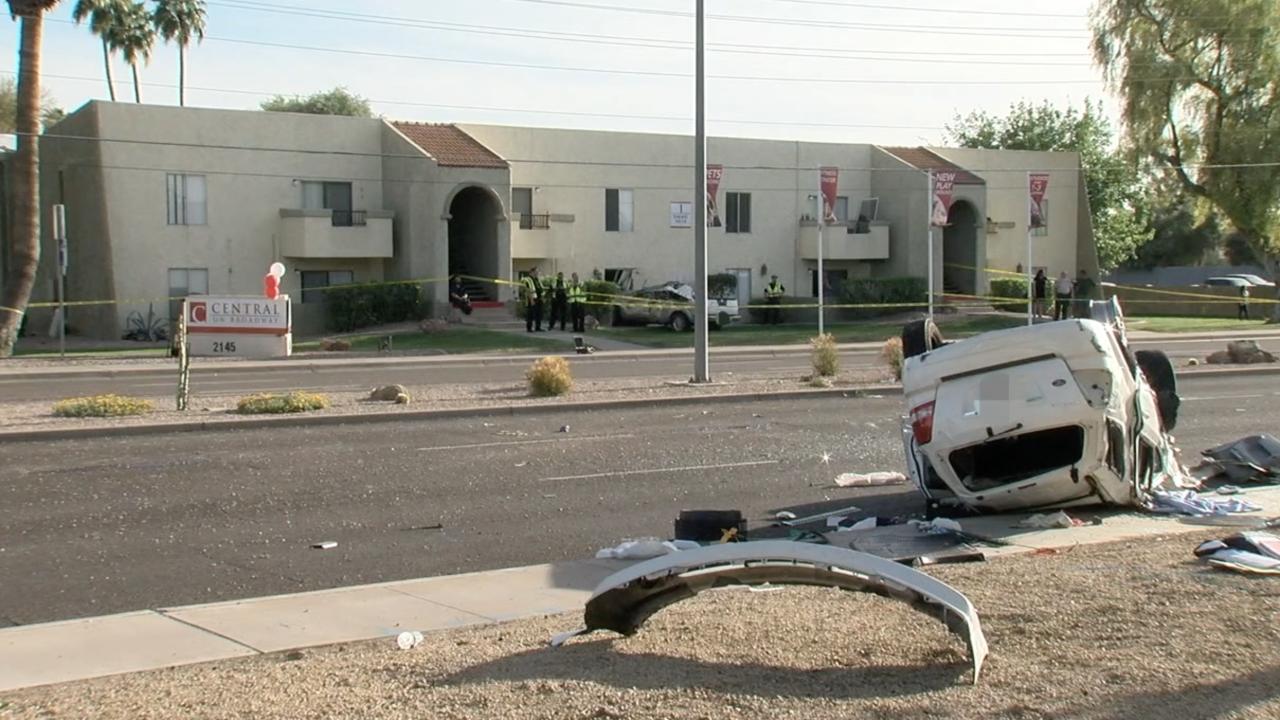 Truck slams into apartment in Mesa