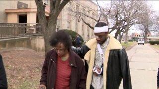 Freeport man arrested violently