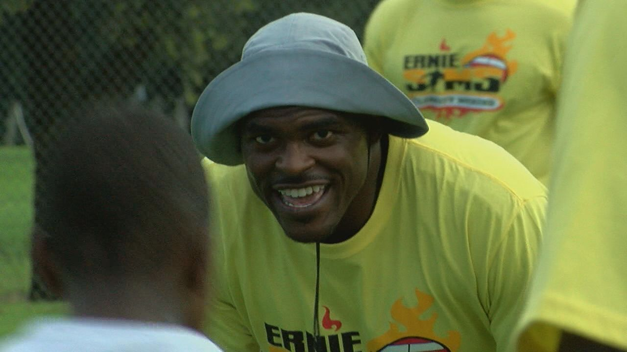 Remembering Your Roots: Ernie Sims back in Tallahassee to give back to the community