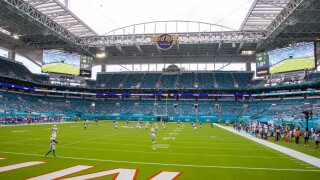 Miami Dolphins receive kickoff from Buffalo Bills in 2020
