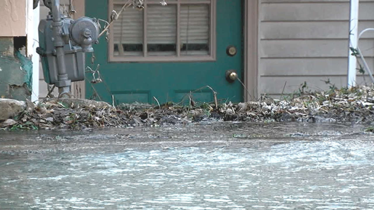 Wet Christmas: Water main break floods home