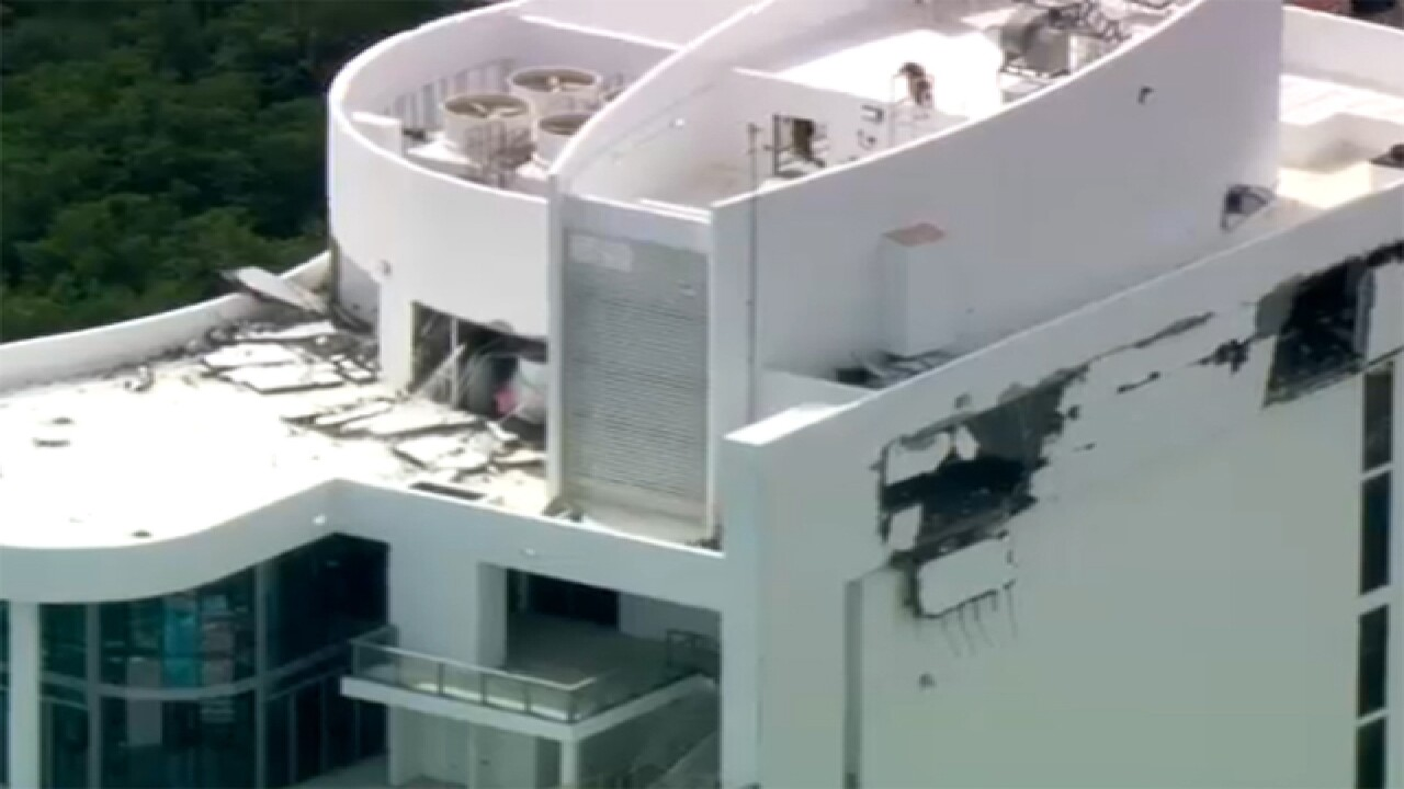 4 hurt in South Florida building explosion