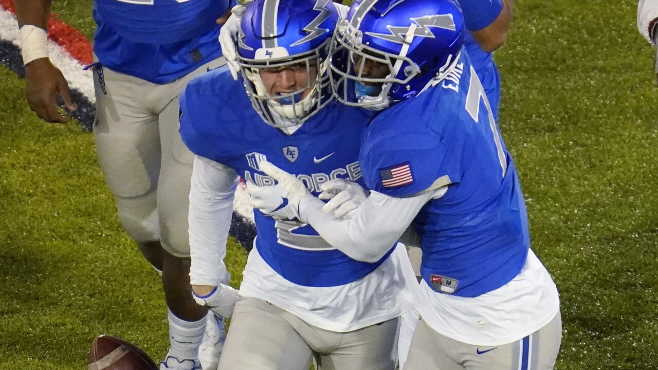 Calhoun picks up 100th win as Air Force shuts out New Mexico