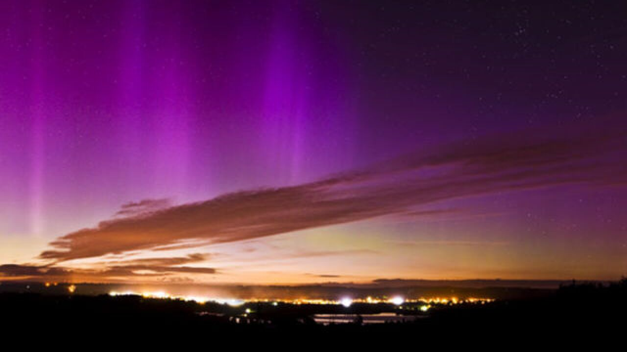 Northern Lights may be visible (again) in Indiana Friday