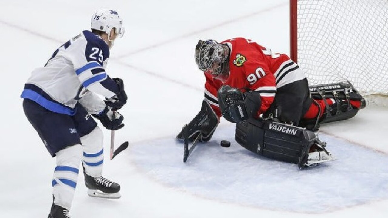 Accountant steps in as goalie for Blackhawks