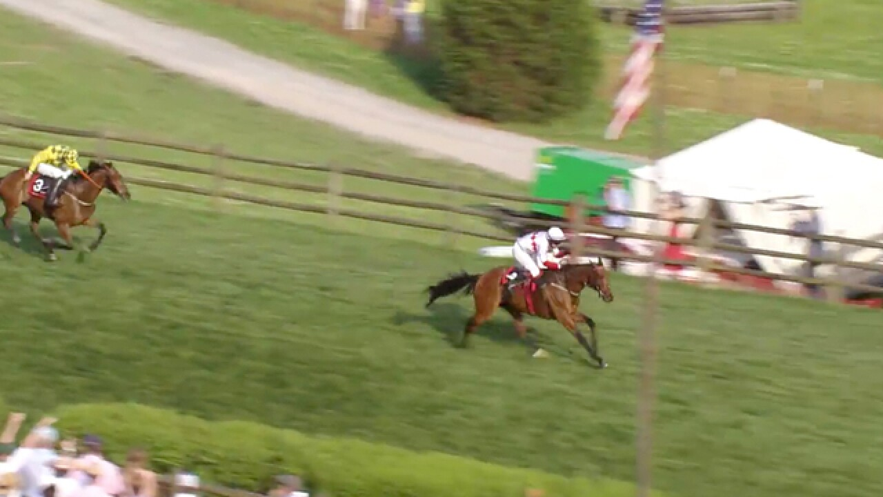 Thousands Come Out For 77th Annual Iroquois Steeplechase
