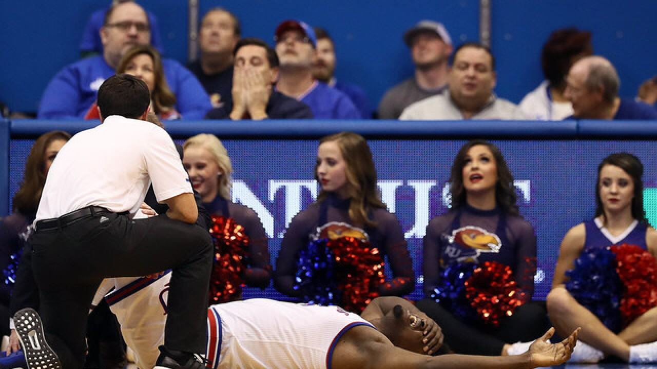 Azubuike hurt in Kansas win against Wofford