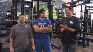 Pumping Iron with KASH DANIEL!!!