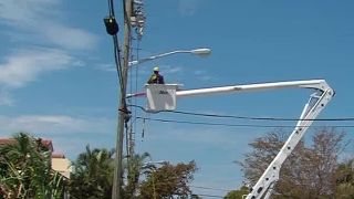 In what order do Florida homes get power back?