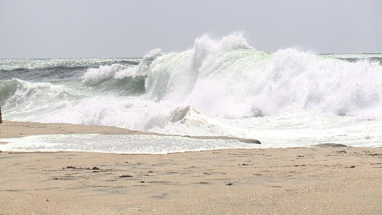 high surf.jpg