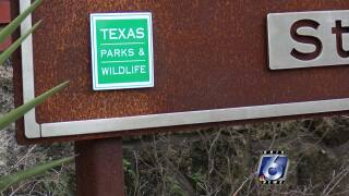 Governor closes state parks